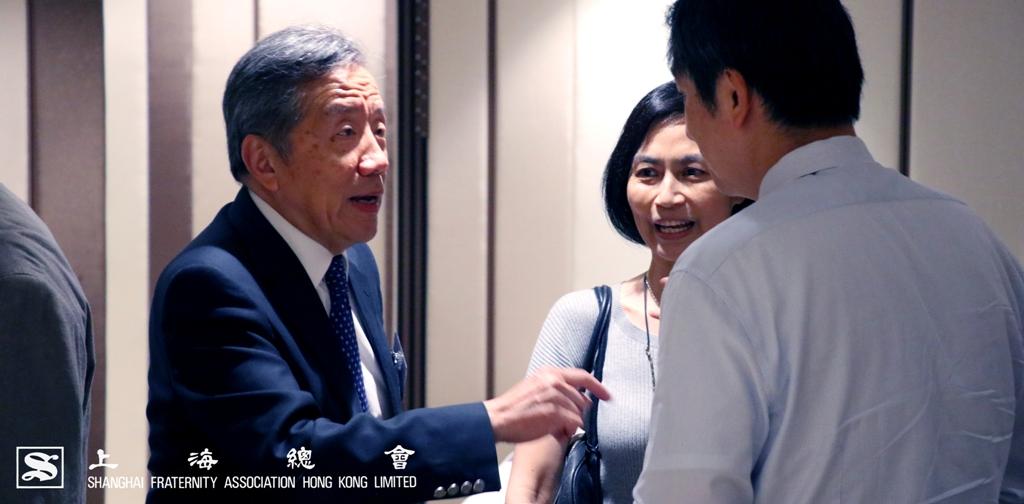 范思浩副理事長向中文大學的嘉賓闡釋捐贈理念
