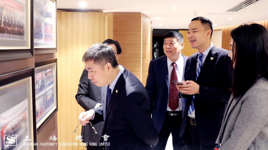 浙江大學副校長羅衛東教授及一行來賓參觀上海總會的會址及設施。