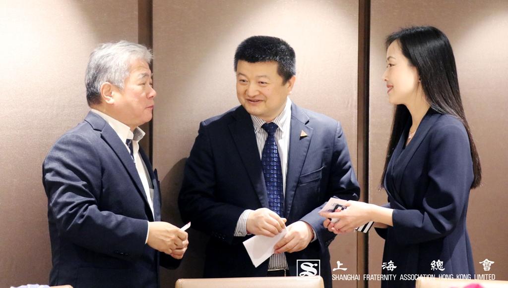 詹傑美常務理事及一眾上海總會理監事出席活動,並招待浙江大學的代表。