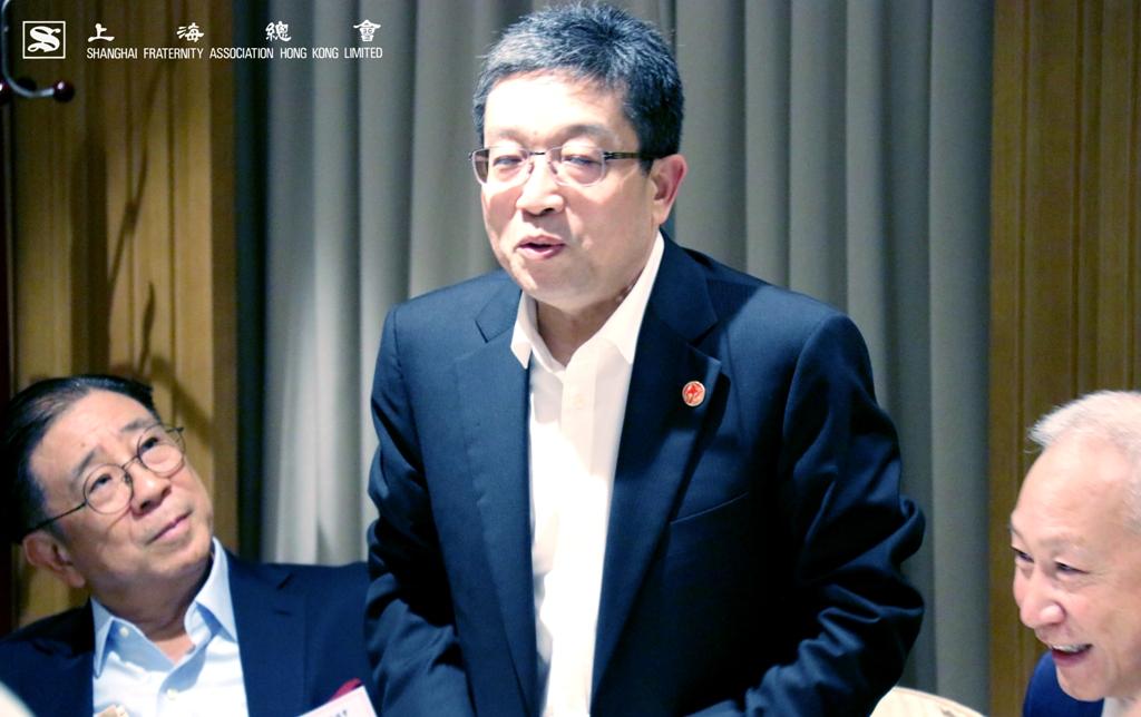 鄭鋼淼部長於掌聲的支持下應邀作嘉賓致辭