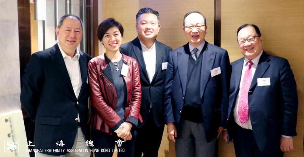 到場嘉賓合照留影,(左起)上海總會朱嘉楨副理事長,董愛麗理事,得生團契馬振年先生,監事長王緒亮先生主及張浩然副理事長。