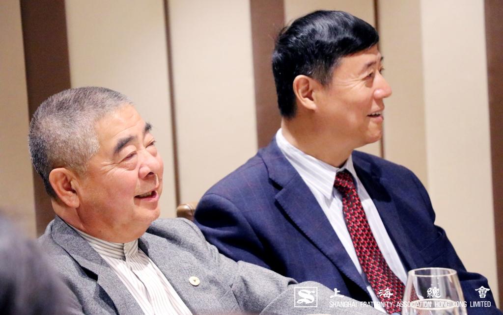 金維明常務理事十分認同助學金的宗旨。