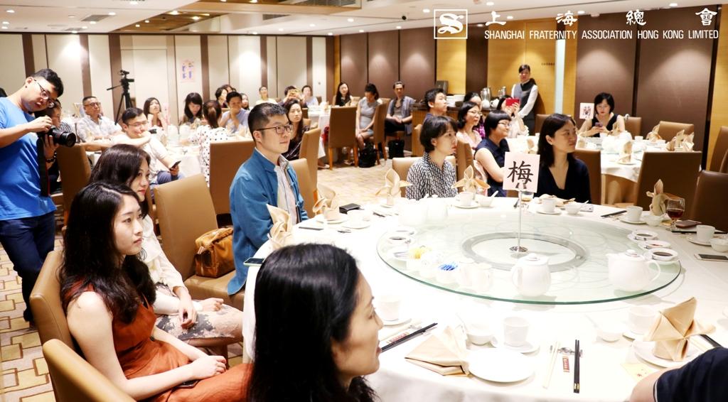 分享會輔以上海總會之特色點心進行,氣氛輕鬆。