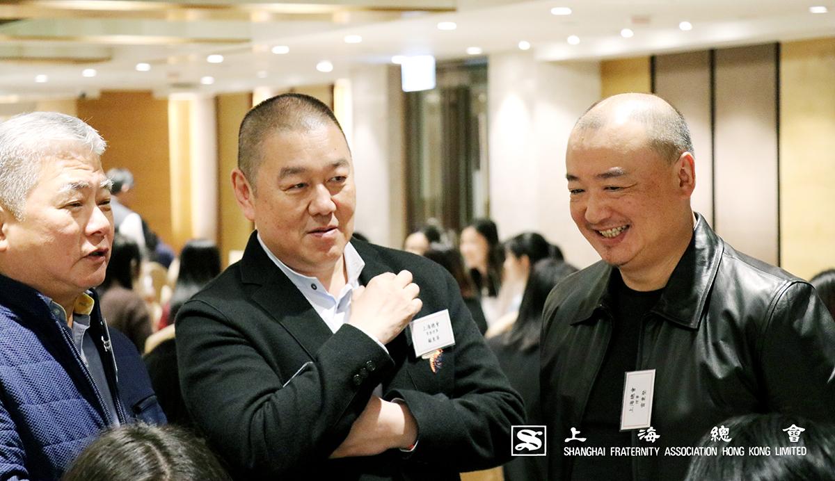 上海總會三位理事十分滿意同學表現