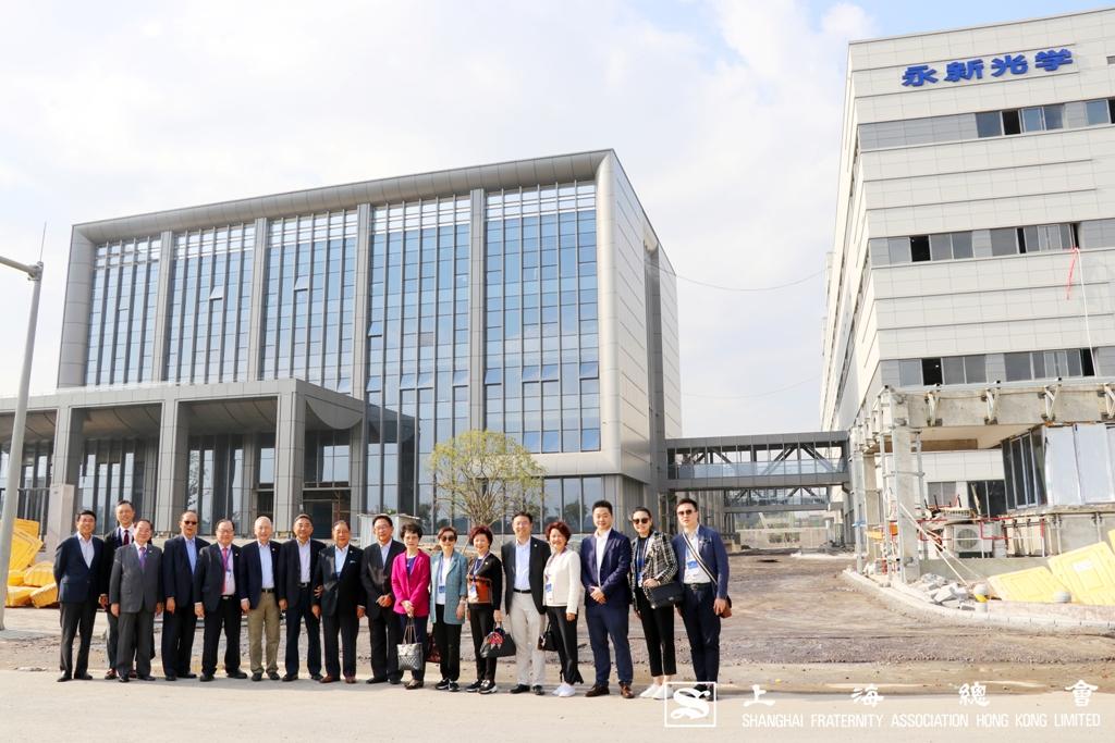 由曹其東副理事長親自帶領,參觀寧波永新光學股份有限公司之新建廠房。